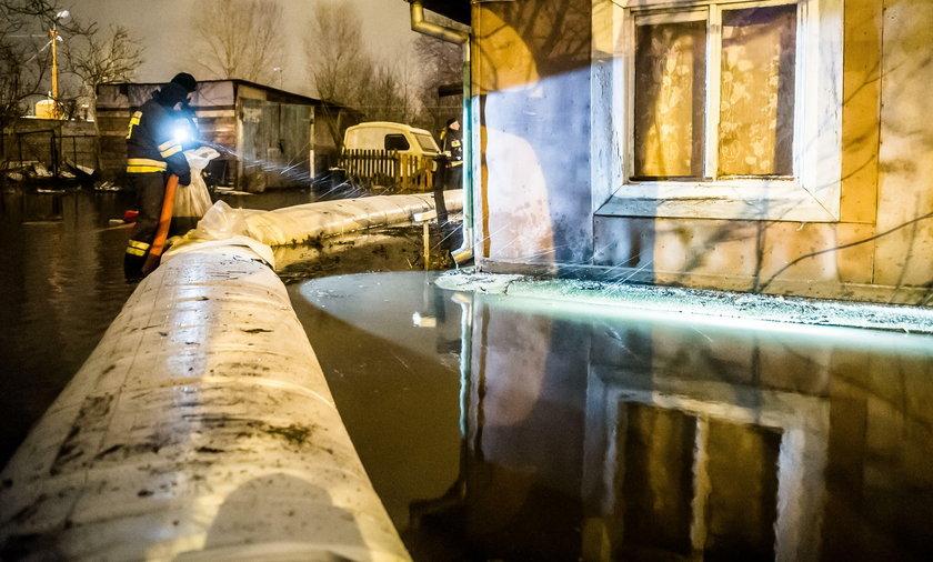 Zawieje śnieżne i sztorm na Bałtyku