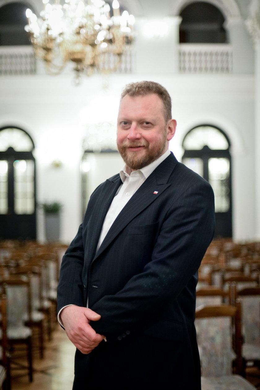 Minister zdrowia Łukasz Szumowski chce wprowadzenia nowych opłat. m.in. od słodkich napojów