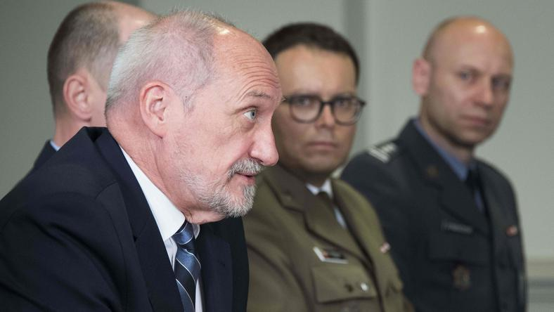 Szef MON, Antoni Macierewicz