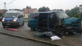 Wypadek w Łętowicach pod Tarnowem. Bus zderzył się z ciężarówką