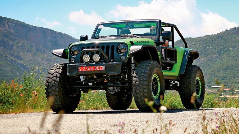 Jeep Wrangler Trailcat - driftowóz na spędem 4x4