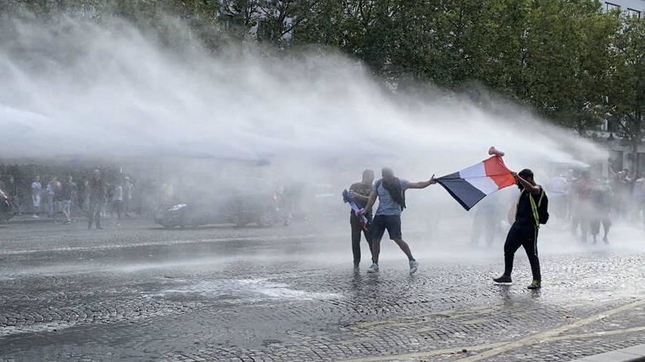 Protesty we Francji 31 lipca 2021