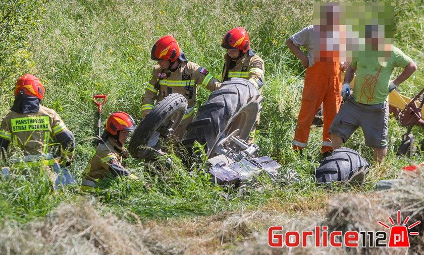 Gorlice. 21-latek przygnieciony przez traktor. Zabrał go śmigłowiec LPR