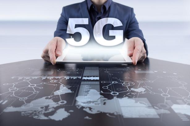 Największe możliwości zarobienia na 5G operatorzy będą mieli w trzech najbardziej rozwiniętych regionach świata. Rynek usług biznesowych świadczonych w sieci piątej generacji w Ameryce Północnej w 2030 r. może osiągnąć wartość 183 mld dol.