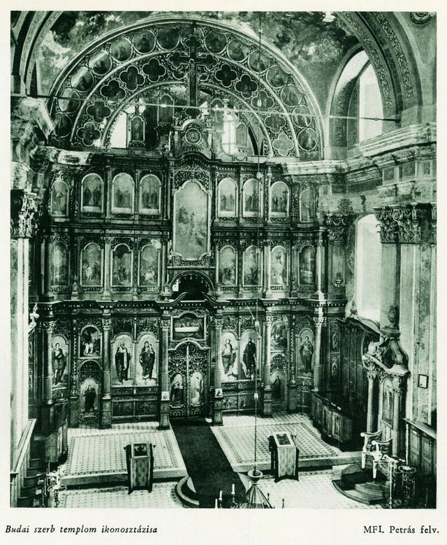 Originalni izgled crkve Svete Trojice: Carske dveri i manji broj ikona je restauriran i nalazi se u stalnoj postavci muzeja u Sent Andreji