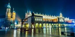 Tiry niszczyły Rynek w Krakowie. Urzędnicy chcą to zmienić