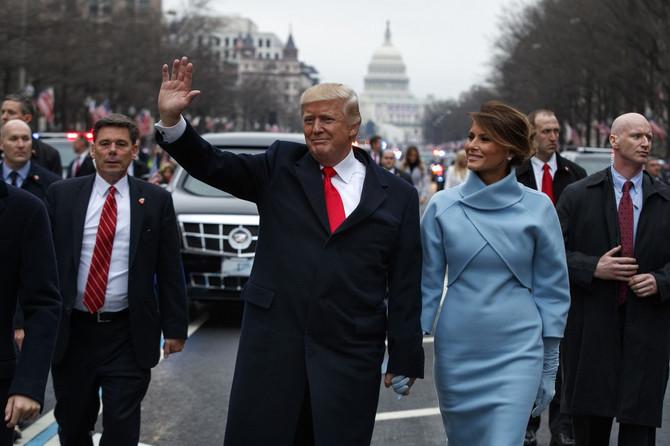 Melanija sa sinom i suprugom na njegovoj inauguraciji 2017. u Vašingtonu