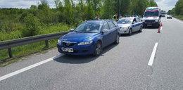 Uciekała z policjantem na masce samochodu