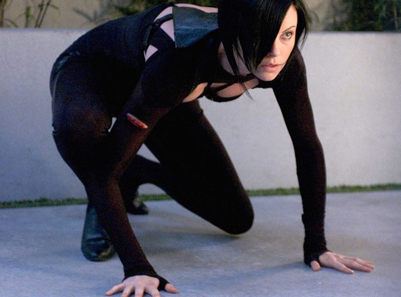 "Charlize Theron w filmie ""Aeon Flux"""