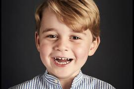 Princ DŽORDŽ danas slavi 5. rođendan, a ŠOKIRAĆE vas način na koji ga vaspitavaju Kejt i Vilijam!