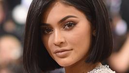 Kylie Jenner poinformowała, że znika ze Snapchata. Przez jeden wpis celebrytki, firma straciła miliony