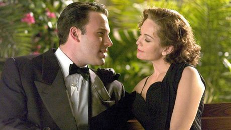 Ben Affleck (left) and Diane Lane (right) star in Allen Coulter's HOLLYWOODLAND, a Focus Features release.   *** Local Caption *** HOLLYWOODLAND