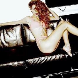 Gigi Hadid w bardzo odważnej sesji dla znanego magazynu. Pokazała za dużo?