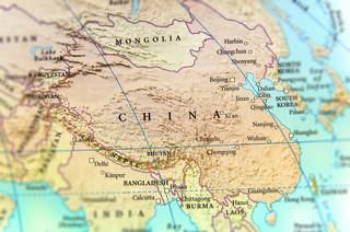 Gwałty i tortury w chińskich obozach dla Ujgurów. BBC cytuje byłe więźniarki