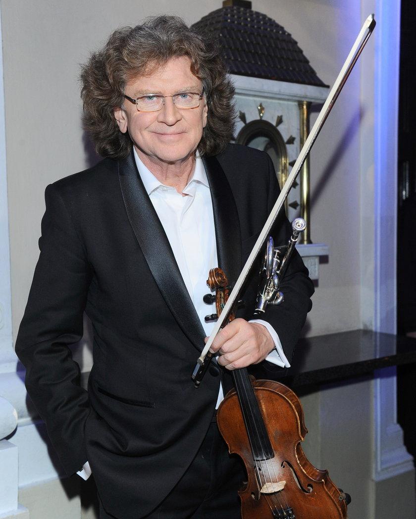 Zbigniew Wodecki ze skrzypcami
