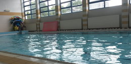 8-latek topił się w szkolnym basenie!