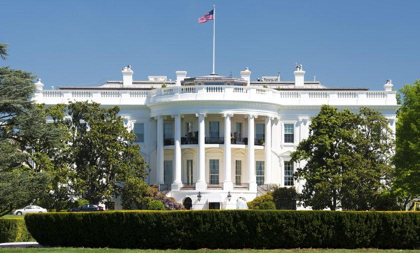 Incydent w Białym Domu. Wtargnął intruz
