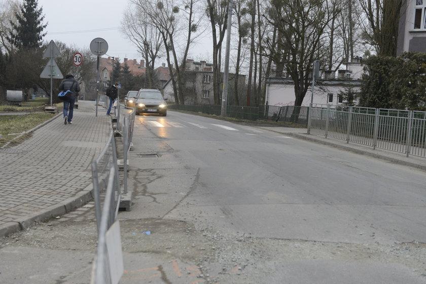 Drogowcy zamknęli ul. Mulicką na Psim Polu
