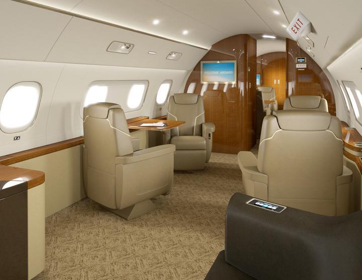Embraer L1000 ma ambicje, by w trakcie długich lotów (zasięg samolotu to 8 tys. km) zapewnić wygodne warunki do pracy w powietrzu.