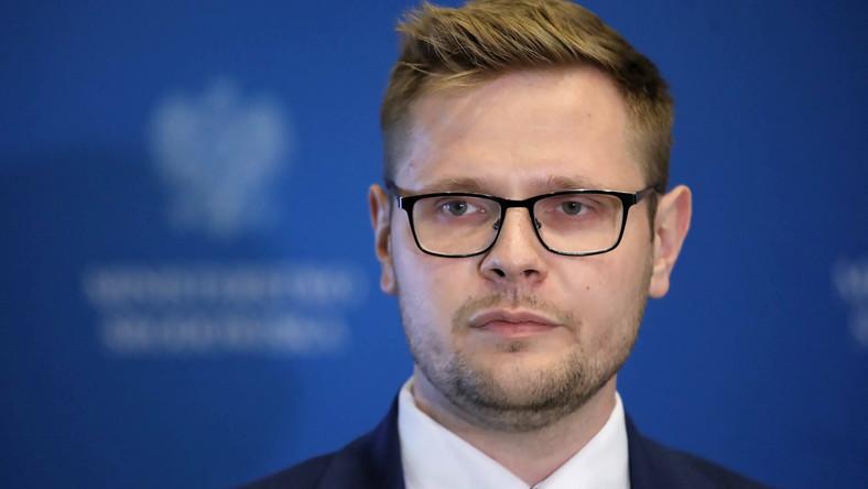 Minister środowiska Michał Woś