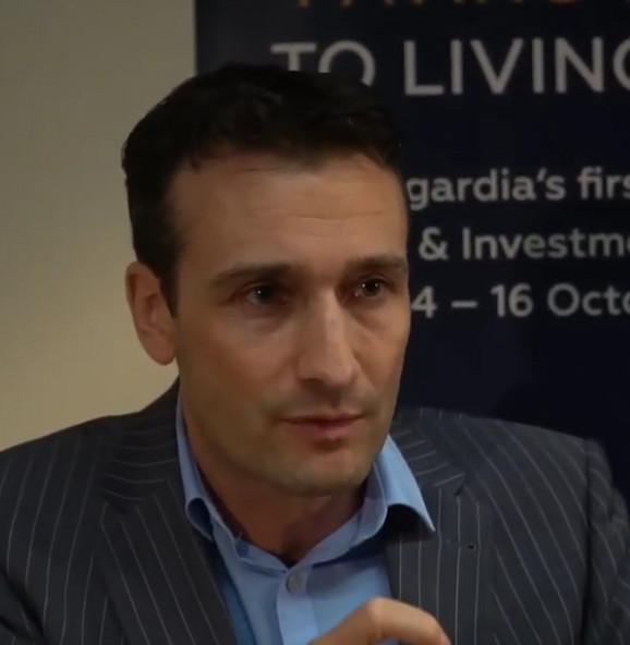 Dr Egbert Edelbrek