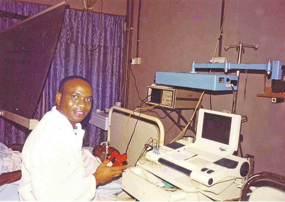 Doktor Ndžemanze optužuje Tačija