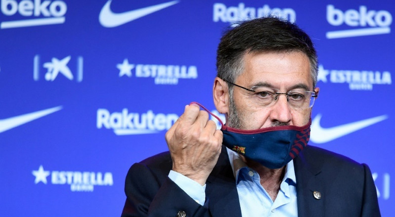 'Worst time to resign' says under-fire Barca president