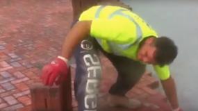 Najszybszy robotnik na świecie? Zobacz, jak układa kostkę!