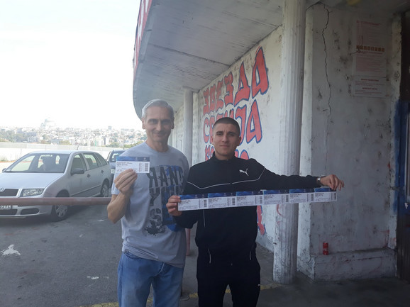 Nikola iz Jabuke, zajedno sa starijim prijateljem iz Jagodine