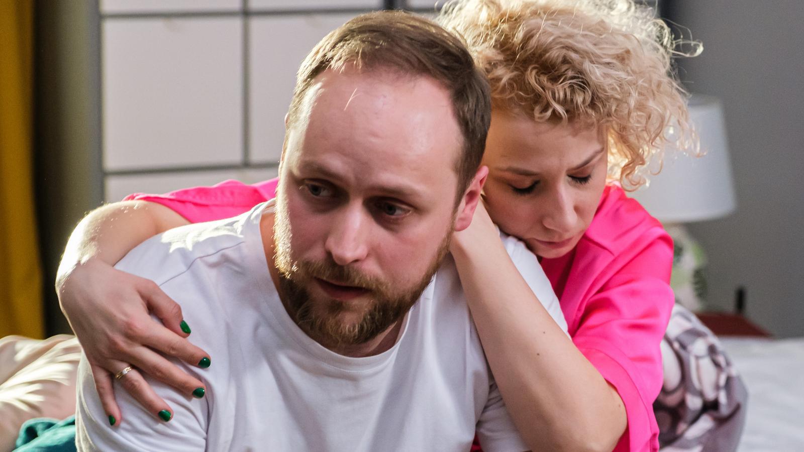 """""""Na Wspólnej"""" odcinek 3296. Beata i Paweł nie mogą wybaczyć sobie, że zranili Emila"""