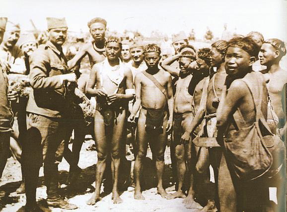 Srpski vojnici i civili u Alžiru između 1916. i 1919. godine