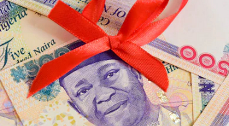 #DettyDecember: Tips on saving money this festive period for a smooth January