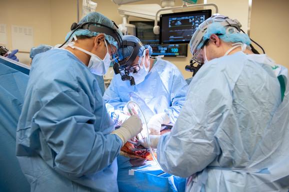 Tim doktora koji je vršio transplantaciju pluća na Brajanu