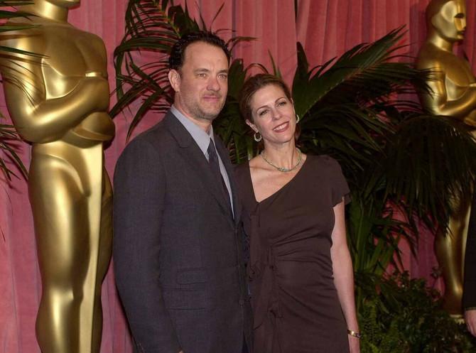 Vreme ide, oni ne idu jedno od drugoga: Tom Henks sa suprugom Ritom 2001. na dodeli Oskara u Los Anđelesu