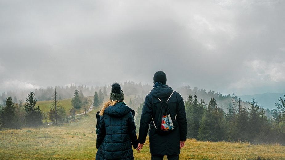 Jak podróżować w czasach COVID? Podróżowanie w 2021