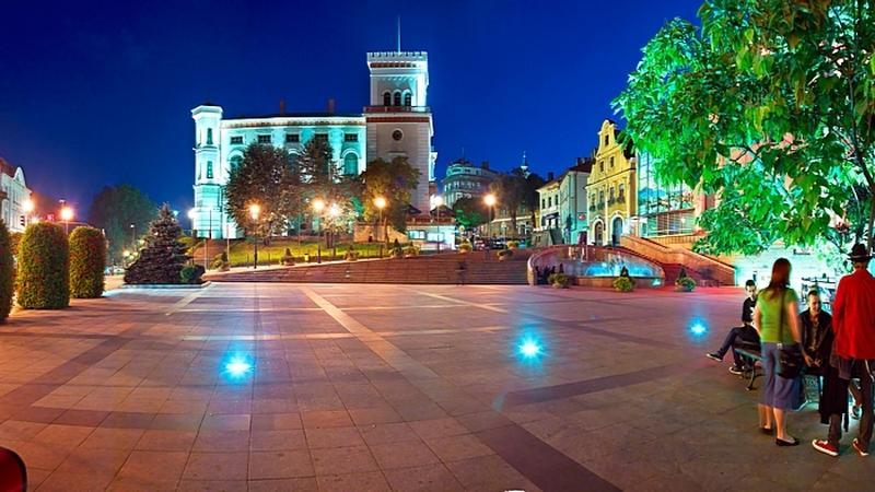 Bielsko-Biała, plac Bolesława Chrobrego z zamkiem