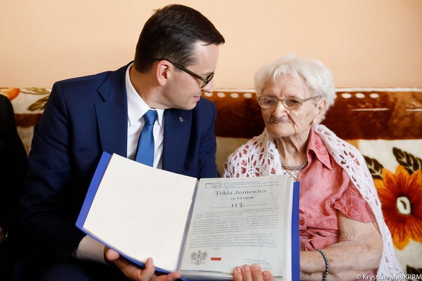 Mateusz Morawiecki odwiedził 113-letnią Teklę Juniewicz