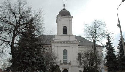 Przez dach do kościoła. Włamanie w parafii
