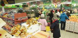 Dwie trzecie Polaków robi to na zakupach