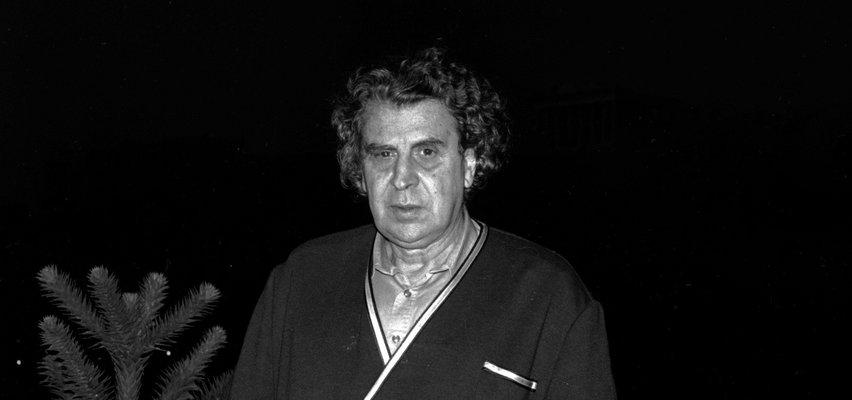 """Zmarł kompozytor Mikis Theodorakis. Autor muzyki do filmu """"Grek Zorba"""" miał 96 lat"""
