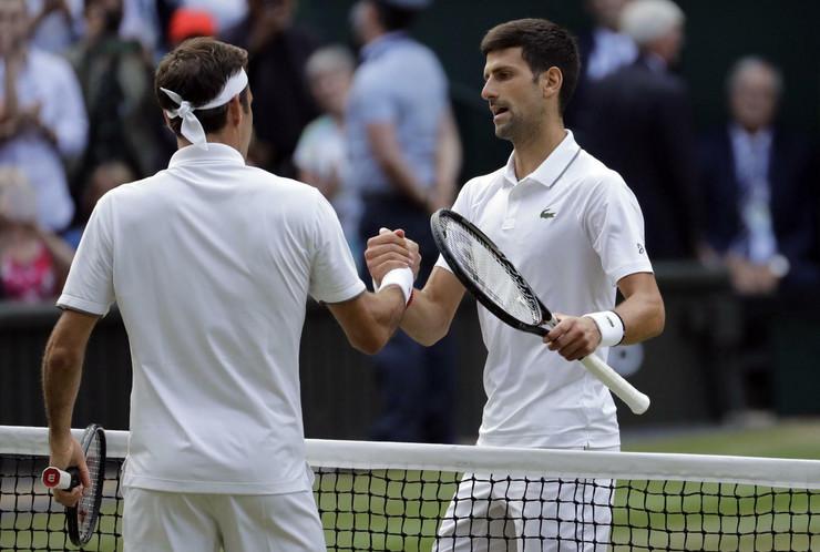 Pozdrav Novaka Đokovića i Rodžera Federera posle finala Vimbldona 2019. godine