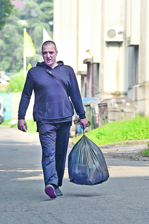 Zoran Marjanović pri izlasku iz zatvora
