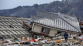 """Pomniki zbiorowej amnezji - fragment książki """"Słońce jeszcze nie wzeszło"""" Piotra Bernardyna o tsunami z 11 marca 2011 roku i katastrofie w Fukushimie"""