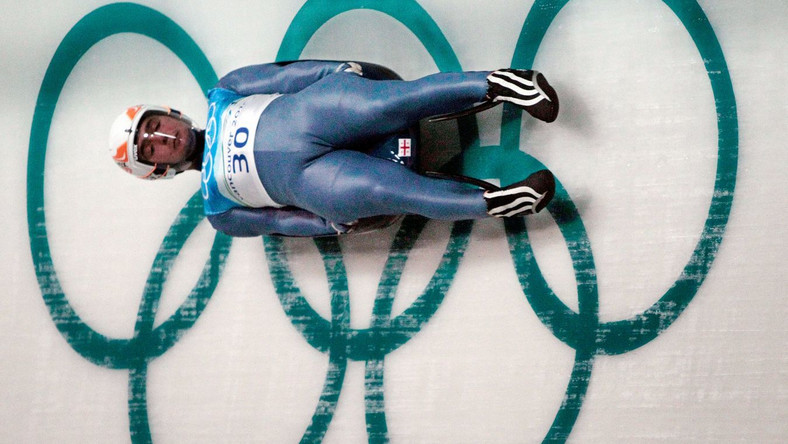 Nie ma winnego śmierci saneczkarza przed igrzyskami