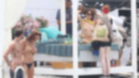 """Dakota Johnson topless na planie """"Ciemniejszej strony Greya"""""""