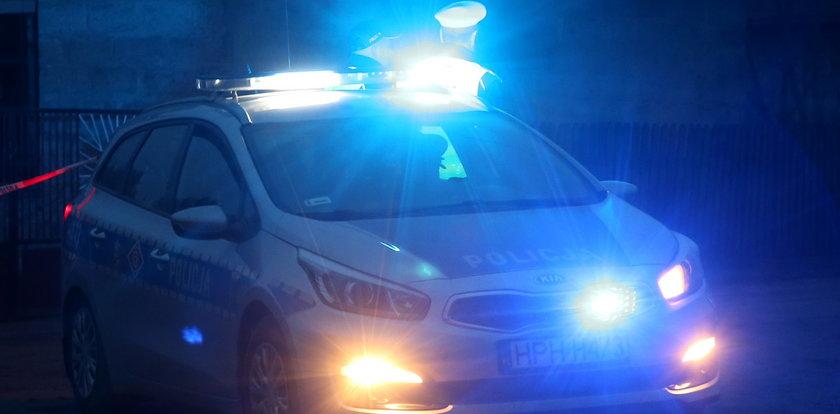 Makabryczny wypadek na A4. Kierowca wysiadł z auta. Chwilę potem już nie żył
