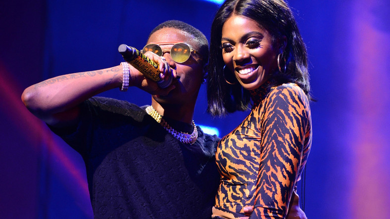 Watch Tiwa Savage and Wizkid have fun as they go on shopping