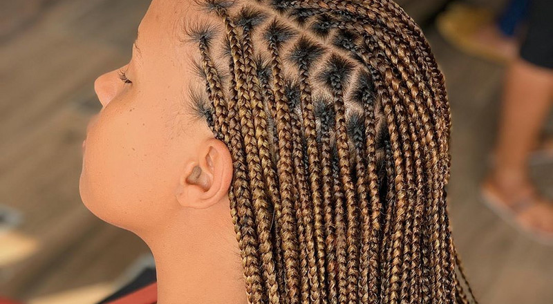 Everything you need to know about knotless box braids