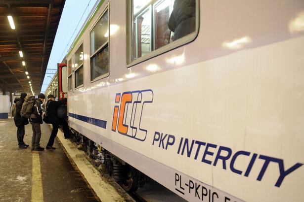 Pociąg PKP Intercity.