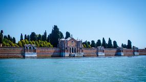 Zabytkowe kaplice z weneckiego cmentarza San Michele na sprzedaż